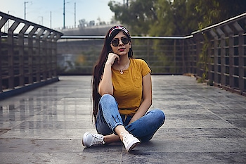 live your life as you feel better ❤   📸 @vivekbaghel44    #indianblogger #delhiblogger #ootd #outfitoftheday #lookoftheday #indian #indianwear #green #blue #love #fashionblogger #travelblogger #styleoftheday #delhigirl #india #curvyblogger #delhifashionblogger #styleicon #fashioncurator #streetstyledelhi #earth_portraits #indianphotography