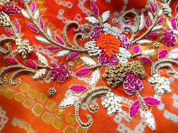 Knotted Beauty !  Get #beautifully #crafted #handembroidery at #label #bhavnachhabria   #pret #bespoke #godisinthedetails #custommake #weddingseason #indian #bandani #bandhej #celebstyle #instashop #instagood #instawedding #creativepreneur #creativebiz #lovewhatido #fashiondiaries #fashiondesigner #fashionblogger #mymagicpinbangalore #bestoftheday #bengalurudiaries #roposofashion #roposolove