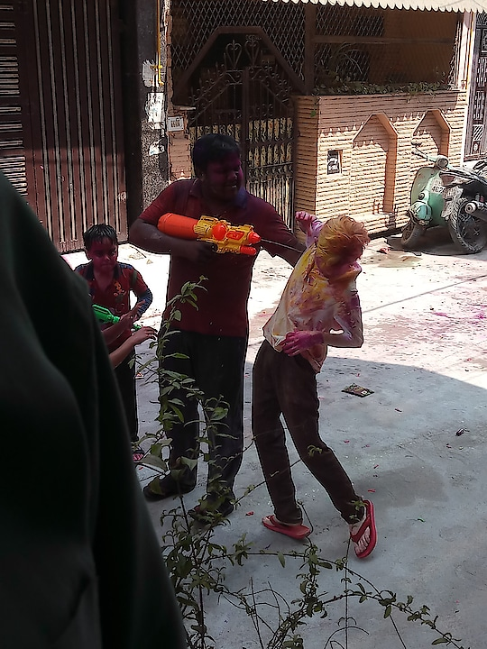 #holi #happyholi #happy-holi-roposo #holi2019 #featureme #haha #photo-shoto #candidphotography #sillypeople
