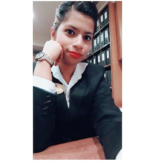 when I was in front office department.. during my training period..boring dprtmnt bt good.. #cute #me #duty time #love #work #workaholic #cuteness-overloaded