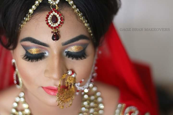 HIRE ONLY PROFESSIONALS ON YOUR D- DAY #professional #makeupartist #hairstylist #GagzBrar #gagzbrarmakeovers 9888050866 , 7087555656
