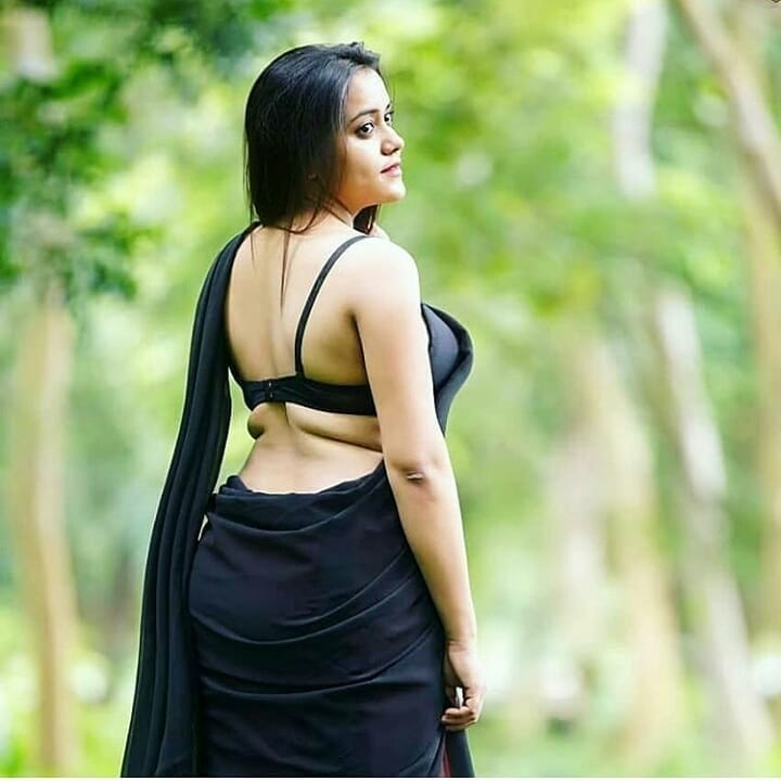 😘😘😘😘😘#hot #non-vegjokes #cleavage #bikini #bikinimodel #bikinibody #bikinilove #bikinitop #bhabhi #southindinactress #pornstars #pornactress #hot-hot-hot #hotygirls #celebrities #ropo-beauty #hottest #hotness
