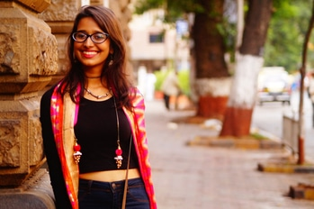 This one was shot in cst on a sunday mornings and we got some absolutely  beautiful pictures. (Link in the bio) . . . #smilesnstuff #thesmilesnstuffgirl #fashion #fashionblogger #styleblogger #bombay #campusbloggers #streetstyle #ootd #outfitinspiration #boho #ethnic #fusion #coloursofindia #streetsofmumbai #throughtheoldandnew