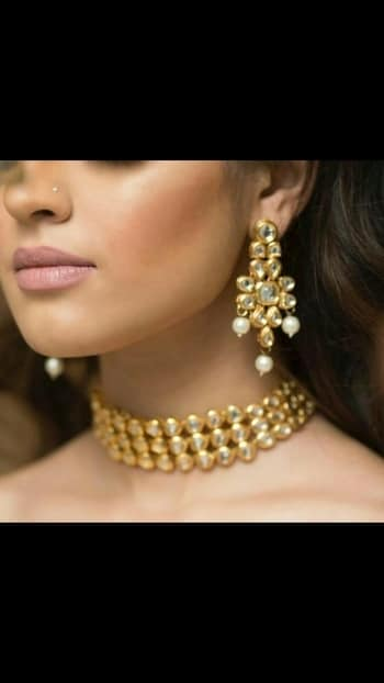 Kundan choker 💞  💎💎💎💎💎💎💎💎💎💎💎💎 °Manufacturer Of Kundan Jewellery° ✓All The Kundan Jewellery Pics Posted On The Page Are Always Available ✓  °Everything Is Made On Order° ✓Any Colour Can Be Customised As Per your Preference✓ ✓contact - 9999274651✓ °Contact For Wholesale Jewellery° °Join us as a reseller° ✓whatsapp 9999274651 for enquiries and placing Orders 💎💎💎💎💎💎💎💎💎💎💎💎  #kundanjewellery #kundanjadau #chokerfever #Indianjewellery #traditionaljewellery #weddingjewellery #weddingseason #kundanchoker #Golden #Darkcolours #allaboutjewellery #Newdesigns