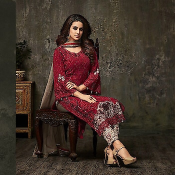 Beautiful Mohini Salwar Suit Glamour 42. 6 Designs (Single Available) 📞Contact us/whats app us on : +91 9898133588 ,+91 7990485004  💻Visit Now : www.grabandpack.com 🇮🇳 Free shipping only in India  📲For Our Daily Updates Ping us on Whatsapp +91 9898133588 👍Like us on Facebook : https://www.facebook.com/grabandpack/ #salwarsuit #dress #suit #lehengasuit #single #seasoncollection #mohinifashion #glamou42 #pakistanisuit #colors #velvet #anarkali #heavysuit #brand #womenwear #indiantraditional #clothes