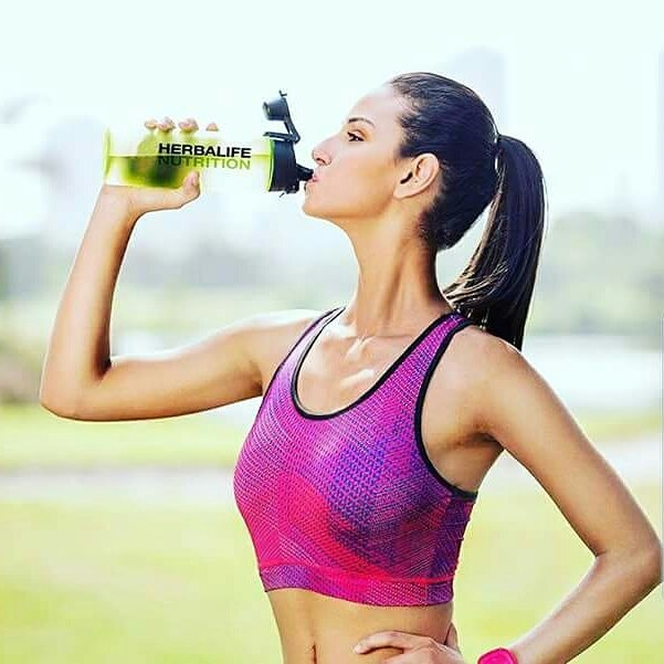 Water is important to the mechanics of the human body, this summer stay hydrated.💦💦💦   Water should be the first choice, but plain tea or coffee can also count towards meeting your daily fluid needs.🍸🍹🍹🍸🍹  #HerbalifeNutrition  #HerbalifeIndia #LooseWeight #LooseFat #GainMuscles #GainEnergy #BeFit #AskMeHow❔❔❔    #herbalifenutrition #HealthyActiveLifestyle  #herbalife24fit  #befitnowaskmehow💓🏄🏽 #healthtips