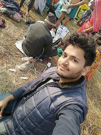 #ganga  #sangamnagri #sangamghat #sangam  #kinare  #gangakinareallahabadi  #bathing  #auspicious  #pavithra  #refreshed  #raw #maghmela #enjoyement