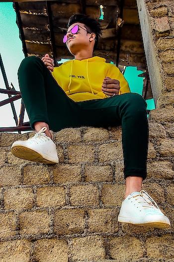 💛NaaM Or kaaM donO se badnaaM🖤 @amansable @amansablepresents #photographerlife #photography #amansablephotography  #amansablepresents #aseditography #asphotography #portraitphotography #lit #litpic #fullshot #longshots #longshot#dramatic #portrait #blur #portrait_ig #look #pose #poser #posefx #poser