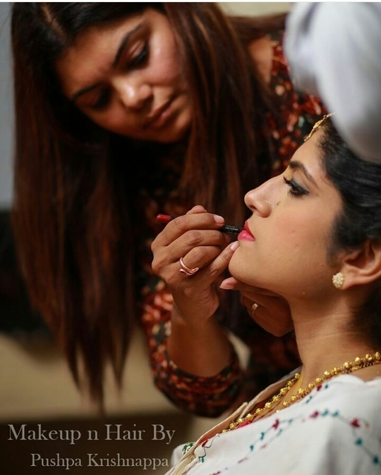 Work stills! #bridalmakeupartist #pushpakrishnappa #hairandmakeupdiary