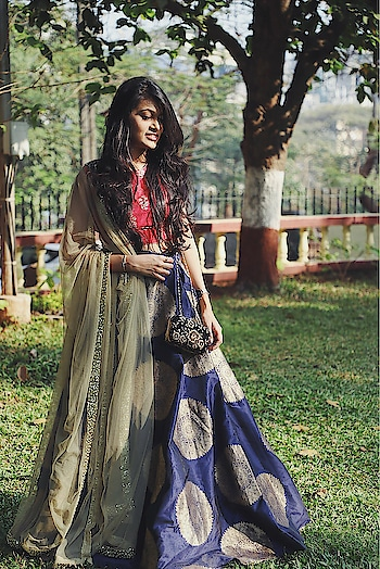 Be an encourager, the world has plenty of critics already. Adoring this gorgeous outfit by @upgrade1116  Photography : @photogenius117 @niraliphotography @sanilasrani @khetaninirali . #thehetalgada #indianwear #ghagracholi #glamedup #glammedup #weddingoutfit #weddingseason #3piecesuit #ootd #styleupindia #indianoutfit #outfitoftheday #outfitpost #ethnic #ethnicwear #traditional #traditionaloutfit #traditionalwear #photography #roposo #ropo-love #ropo-good #ropo-style #roposo-style #roposogal #ropoootd