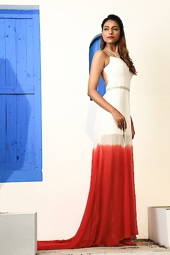 White and Red Ombre Gown Product code: HEG2 available at www.tangerineworld.com call/whatsapp us at 09372960650 for orders or enquiries . . . #Fashion #ombrefashion #ombregowns #indianfashion #gowns #beautiful #desi #style #beauty #ootd #ombre #styles #couturefashion #designer #fashionista #fashionables #summer #spring #summergown #bollywood #bollywoodfashion #fashiontrends #luxurywear #Mumbaifashion #occassionwear #trendingfashion2020