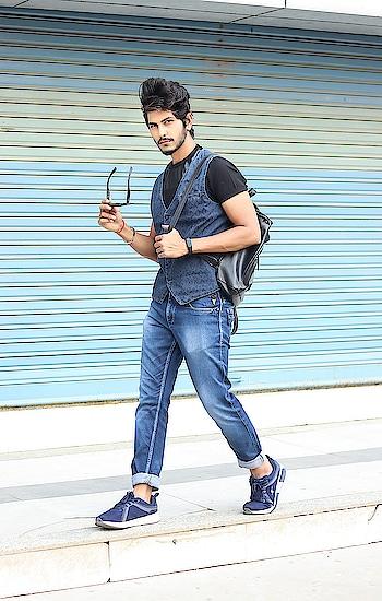 My kind of Denim On Denim ! What's your's ? . . Shot by - @callisto_studio . . . #thestyledweller  #tsdstyle #tsdfam #denim #mensfashioninfluencer  #mensfashion #menswear #denimondenim #menscasual #navyblue #ootd #wiwt #fashioninfluencer  #fashionblogger  #trend #instafashion #suratinfluencer  #suratblogger  #indianblogger  #indianinfluencer  #surat #india
