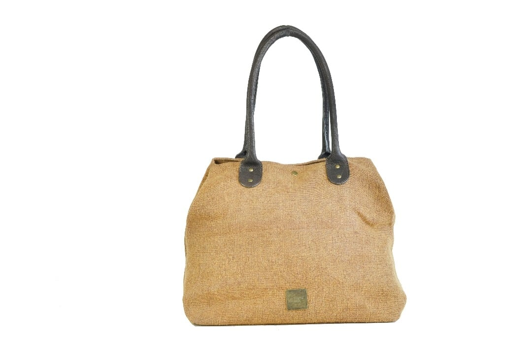 #roposo #jute #jutebag #handbag #ladiesbags #bag #ropo-style #new-style #fashiondaily #casual #cool #discount #onlineshopping #amazon #paytm #beige #natural