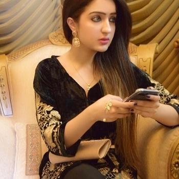 Behter tau yeh Hota hum miley hi na hotey..✨ Outfit : @akhrotclothingco  Jwellery : @behooray  Www.facebook.com/akhrotclothing #ootd#akhrotclothingco#fashiongram#lahore#fashionaddict#fashionblogger#lahore#qudsia1412#qudsiaaq#styleinspiration#styleblogger#pakistanblogger#dubaiblogger#dxb#pakistanfashion#mydubai#islamabaddiaries#bloggerdiaries#bloggerlife#streetstyle#pakstreetstyle#fashionist#trending#dxbblogger#summerfashion#summer2017#pakistanistreetstyle