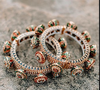 love ur style# jadau bangle# Rajasthani look# light weight# for order dm 😍 all size available