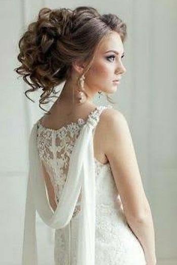 Wedding Hairstyle Inspiration #wedding #weddingexpo #weddings #weddinghairstyles #weddinghairinspirations #hairstylist #hairstyle #messybun #messyhair #puffhairstyle #weddingdairies #beautyblogger #makeupblogger #hairstylegoals #beautifulhairstyle
