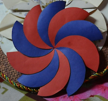 #craft #crafting #paperflowers #papercraft #origami #origamiflowers #flowers #craftwork #craftlove #origamiart