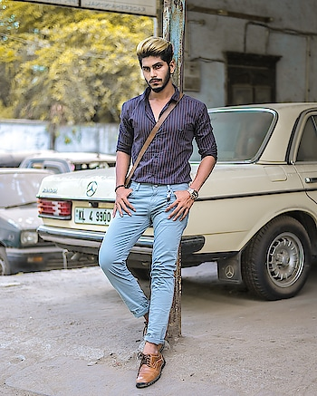 How about VINTAGE MERCEDES !🚗 . . Outfit from - @kollars.2018 . . Shot by - @thedaydreamstudio . . . Hair by - @hairfactorysurat . . #TSDFAM  #thestyledweller  #summer #casual #blue #vintage #contrast #hue #mensfashion #DUSKYTINIT #semiformal #summercasual #menwithstreetstyle  #menscasual  #menswear #mensclothing #fashionblogger #blue #casualstyle  #fashioninfluencer  #fashion #trend #style #instafashion #indian #suratinfluencer  #indianinfluencer  #indianblogger  #surat #india