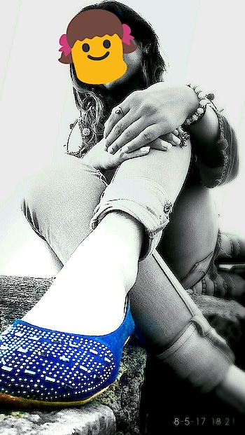 Me❤ #photo  #photoshoot  #photo-shoto  #photography  #photowall  #photoart  #photographysouls  #photographydaily  #photoshooting  #photo_art_store  #photooftheday  #roposo  #roposo-fashion  #roposo-makeupandfashiondiariesthe  #roposo #pictureofthedays  #roposo-pic  #pic-click  #picofthedaystyle  #blackgrey  #blackblue  #styles  #stylistlife  #roposo-style  #new-style  #blue-coloured  #be-fashionable  #fashion-diva  #featureme #featurethis
