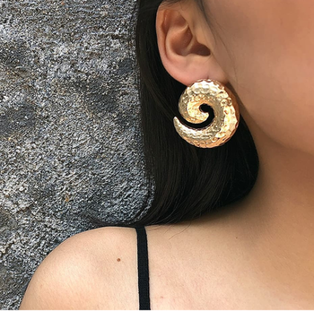 Coiling up March in Style! ✨  https://www.theredbox.co.in/en/product/gold-coil-earrings/ 🤩 . . . . . #theredbox #coil #fashiondiaries #ootd #trendyfashion #bollywoodfashion #slaying #instagood #fashiontherapy #postoftheday