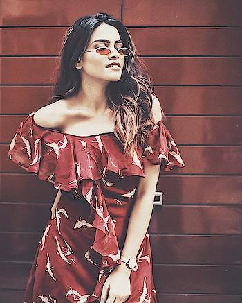 Am I really trying to look through these glasses 🤔 📸 - @shutter_reality . . . . . . #fashionoftheday #stylish #cool #classy #ootd #fashionblogger #fashionpost #fashionlover #femellalove #fashionmodel #designer  #fashiondesigner #womensfashion #maroon #dress #instafashion #fashiongram #love #work #blogger #aashimalamba #thebasicrebel