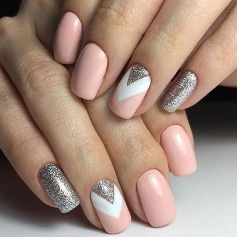 http://shoutbyfashion.com #nails #nail-addict #nailsoftheday #beautyblogger #fashionblogger #shoutbyfashion