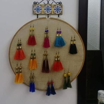 #bindurekha #dhaatu2017 #handmade #jewellery #earrings # #handmadejewelry #metalseries #fashion #style #earringsoftheday #stylediaries #blog #fashionista #pune #mumbai #ahmedabad #Surat #delhi #chennai #kolkata #Goa #hyderabad #picoftheday #instapic #newstudio #igers #ilovehandmade #handcraftedjewelry#metaljewellery#beadsjewellery  Price Rs 399. Please whatsapp 9822296370 for enquiries.Do visiy our FB page Facebook.com/bindurekha.in