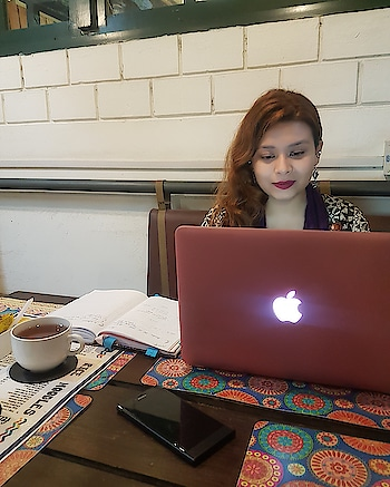 #work #working #job #photography #instapic #myjob #office #company #bored #grind #mygrind #dayjob #ilovemyjob #dailygrind #photooftheday #business #biz #life #workinglate #computer #instajob #instalife #instagood