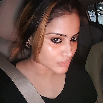 BLACK SUITS ME THE BEST #selfie #carselfie #picoftheday #picofthenight #pic #style #insta #instamood #fashion #chanel #earrings #stylish #photo #picture #instagram #chanelearring #dubaifashion #love #dubai #dxb #glowingskin #nofilterneeded #instagood #night #instapicture #beauty #loveselfies #photogram #selifequeen👑