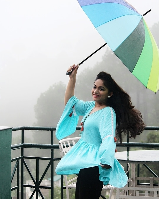 Bell sleeves Liva top from @vajor is perfect for this Rainy season..💧☔  My monsoon story is live on the blog..Do checkout.. . . #newblog #monsoonfashion #monsoondiaries☔ #vajor #vajorstyle #kasaulihills #travellook #traveldiaries #ootd💗 #photography #canonphotography #himachalphotos #naturephotography #portraits #delhiblogger #roposo #roposotalks  #roposolove #himachaldiaries #picoftheday #lookoftheday #styleblogger #instafam #instapic #watiwore#fashionblogger #twinklewithmystyle