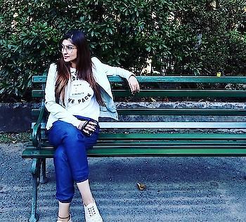 #geetanjalisingh #geetanjalisinghofficial #travellife #actressstyle #artist_sharing #google #googlesearchengine