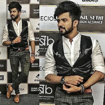 Be the best.  Fuck the rest.     #blacklover #followforfollow #fashionlover #fashionblogger #fashionpost #fashionshow #igers #beardedmen #like4tags #fashionweek #instagood #stylish #styleblog #outfit #followback #indianbloggers #like4follow #moustache #prilaga #instadaily #fashionphotography
