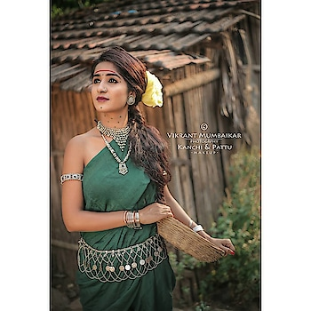 """Navratri day :3 green saree 💗💞 (indian_culturee) ❤ . Follow (indian_culturee) for more navtrari update. . ✅DM for paid promotion. ✅Send your pics. . .  Pc: vikrantmumbaikar  Model: ankitaraut9 MUA:kanchn_patil_makeup_artist & prathamesh_makeup_artist  #navratrispecialwhatsappstatus  #beautiful-life  #marathifilm  #girls-  #designer-saree  #paithanisarees  #tradtionalhathkada  #lovesareee  #beautifulgirleyes  #modelings  #bold-is-beautiful  #happy-teacher  #lovelysmiles 😊 #nathni  #marathmoli  #marathimulgilook  #mumbaishoppingdiaries  #smilee  #maharashtrian  #indianculture  #indiancultures  . Follow ➡ @indian_culturee ❤✅"