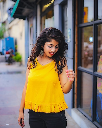 pantloons#pantaloons#soroposolove#yellowlove#shortkurti#delhibeautyblogger#lostinthoughts