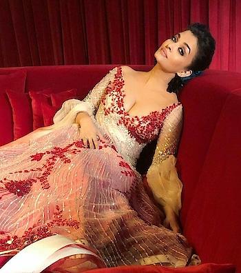 #aishwaryarai the beautiful women #rampwalk #beautylover #bold-is-beautiful