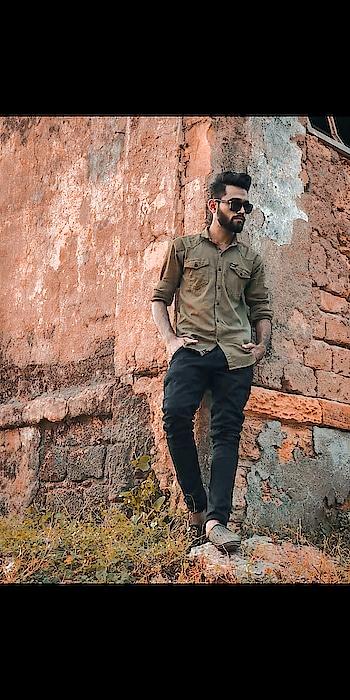 style 🏵️ . .#men-fashion #bloggerlife #lifestylepost #men-looks #fasionblogger #menblogger #menbloggerindia #sexy-look #classy #men #blogerlife #modelshoot