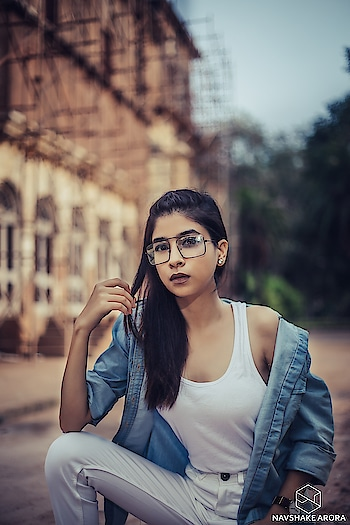 SHOULD,  WOULD,  COULD?  DID!! 🕶 . . . . 📷 @navshake_arora_photography  #diksha #fromposetocloth #forever21#fashionblogger#amritsarfashionblogger#amritsarfashioninfluencer#amritsar#amritsarblogger#indianfashionblogger#indianinfluencer#influencer#kult#kultinfluencer#plixxo#plixxoblogger#popxofashion#sdmdaily#vogue#vogueindia#voguemagazine#ootdindian#streetstyle#lookbook