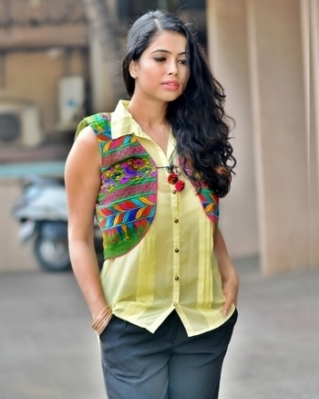 Add some charm to your regular shirt, by putting on an ethnic jacket over it!  Let me know how have you guys styled your ethnic jackets and you may get to win a goodie from Us 😊  Add a picture and tag @drapeastory. Do tag us as well as use the hash tag #drapeastory . Don't forget to follow the page 😘  Will feature the best style on my page 😍🎊🎉🎈  #drapeastory #ethnicjacket #indianwear #workwear #contest #fashion #fashionblogger #indian #vsco #vscocam #indianfashionblogger #stylediaries #styling #wavyhair #workwear #workwearinspirations #mumbai #mumbaiblogger