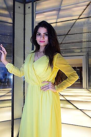 #fashion_trends #yellowdress #be-fashionable #bloggerlove #bloggerlife #roposo #soroposo #followback follow me on instagram anikamkhara