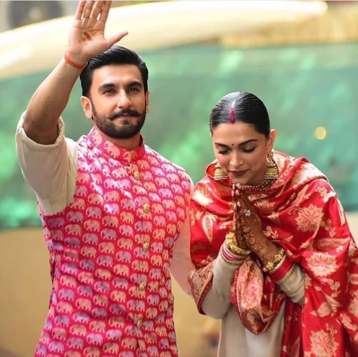 The newlywed's couple  Ranveer Singh and Deepika Padukone are back❤Just can't take the eyes off on this beautiful Jodi 😍  #ranveerdeepika #DeepVeerKiShaadi #DeepikaWedsRanveer #DeepikaRanveerWedding #couple #couplesgoals