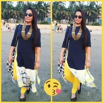 Sometimes any style will make you looks so fresh..!! #wforwomen  #ethniclove  #ethnicstyle  #raybanshades  #esbedabag  #longhair  #longhairdontcare  #hairlove  #roposogal  #roposo  #roposodaily  #roposoblogger  #roposobloggerlife  #mumbai  #freshfashion  #freshfashionspotted   #ethnicwear