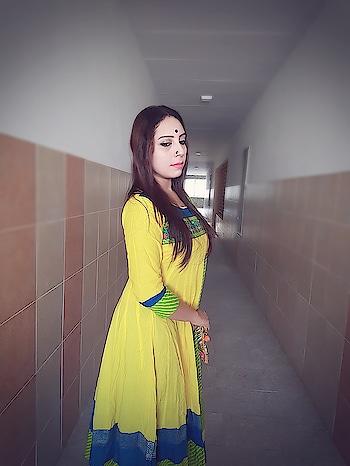 another ethnic..yellow yellow.. #beautifuldress #bengali #bengaliyoutuber #bengalurublogger #kolkatafashionblogger #kolkatablogger #kolkatadiaries #kolkata #ethnicdresses #ethnic-wear #fashionableaccessories #fashioforever #be-fashionable #saraswatipuja2018 #designer-saree #sareelook #youtubevlogger #rops-style #roposogal