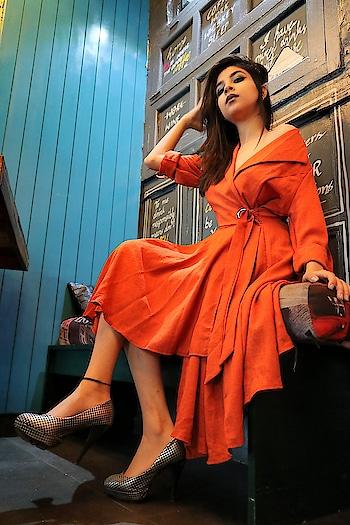 🍷 She's a saint  with the lips of a sinner She's an angel with a devilish kiss. . . . . . . . . . . . . . . 📷 @akshaybabuta 👗 @ridhisidhicreations 💄@brushesandpalletes 📍 @glasshouse.amritsar . . . #diksha #fromposetocloth  #bosslady#fashionblogger#glasshouseamritsar#amritsar#amazingamritsar#exploreamritsar#amritsarfashionblogger#indianfashionblogger#designer#ootd#ootdindian#partylook#lookbook#learnmakeup#influencer#sdmdaily#plixxo#plixxoblogger#popxofashion#photoghraphy#photoshoot#indoorphotography#quotes#goodbivesonly