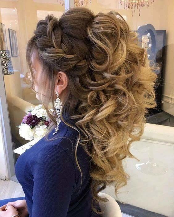 #hairstyleoftheday #curlsmynewlove #frontbraid #side swept bangs #haircolorlove #earringaddict #ilovemyhairs #dazzlinglooks #shinegirl #beautifulpic #staycool #starstyle #keepsparkling #staytunedformoreupdates
