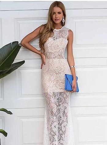 #beautifuldresses #lovedesigning #trendycollections #modernwear #stylishlook #gorgeousoutfits #be-fashionable #bethefashionista #bethediva #beautyoverloaded