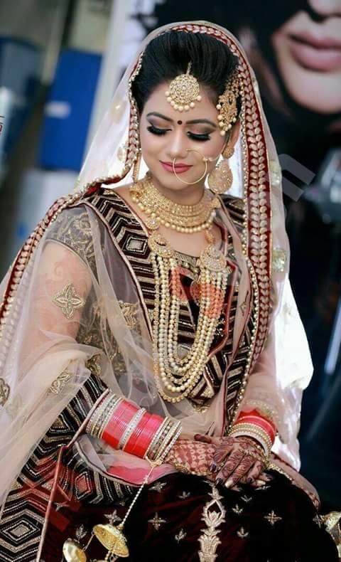 bridal beauty !!!! #awesomelook #bridalideas #bridal-jewellery #bridal-wear #bridalshoot #be-fashionable #classic-beauty #bridalshoot  #bridal
