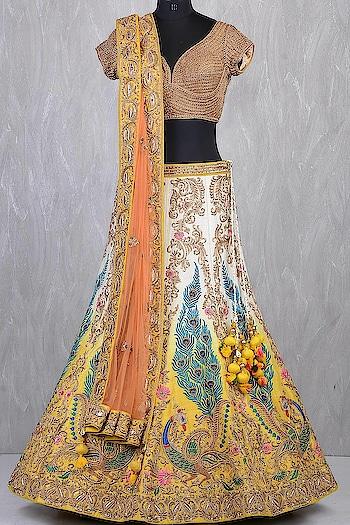 #roposo#lehengadesigns#weddingwear#skincaretips#indianwear