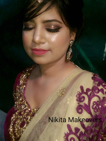 Dewy finish look for this beauty 👸 #nofilter #myclient #weddingmakeup #weddingmakeupartist #weddingseason #lovemyjob #makeup #makeupartist #mua #muadelhi #muadehradun #bridalmakeup #indianbridalmakeup #asianmakeup #beautiful #loveformakeup  #makeuplover #makeuplovers #makeupcommunity #instamakeup #instamakeupartist #instalook #like4like #followforfollow #follow #love #instalike #instalife #instaclick #cheers