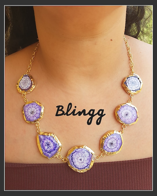 druzy stone neckhugger..#accessorize #handmade #jewellerylove #jewellery #druzy #classy #fashion #style #roposofashion #trendy #swag