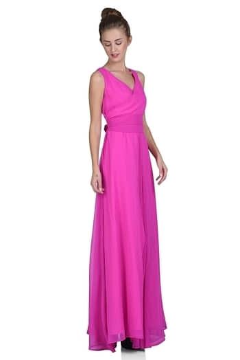 #pinkgown #neonlove #colouroftheseason #coloriche #amazonindia #flipkartfashon #scenestealer  #westernwear